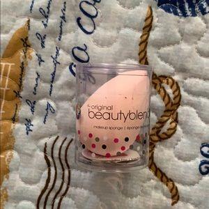 Light Pink BeautyBlender